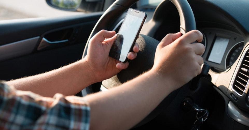 sms-driving.jpg